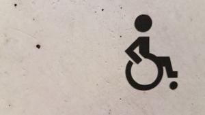 Bild von einem Rollstuhlzeichen
