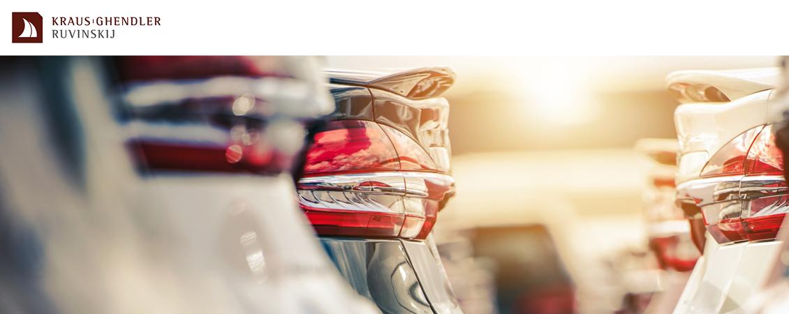 Bild von finanzierten Autos in einer Reihe