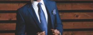 Bild von Mann in blauem Anzug