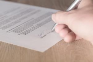 Bild von einem Vertrag