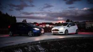 Bild von zwei Autos