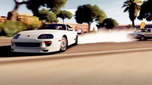 Rasende Autos bei Wettrennen