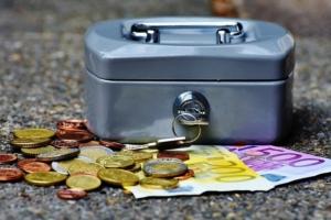 Bild von Kasse und Geld