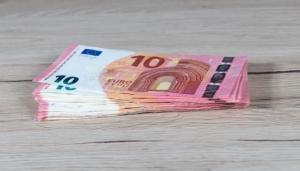 Bild von vielen 10€ Scheinen