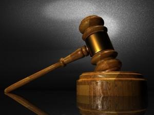 Bild von einem Richterhammer.
